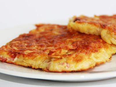 Bleskurychlé placky plněné šunkou a sýrem