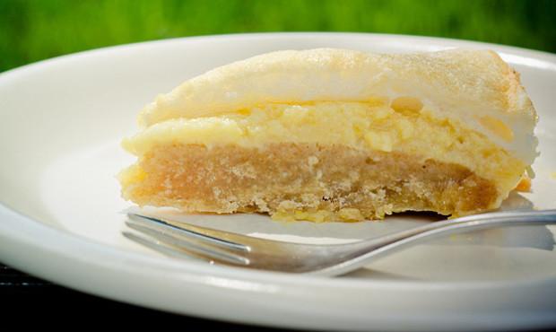 Nadýchaný pomerančovo-citronový koláč