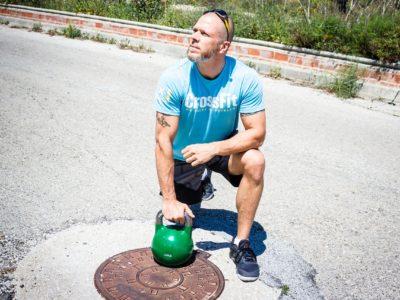Crossfit: oblíbený kruhový trénink žen i mužů